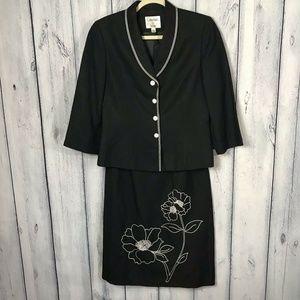Le Suit  Linen Skirt Suit Sz 6 Black Embroidered